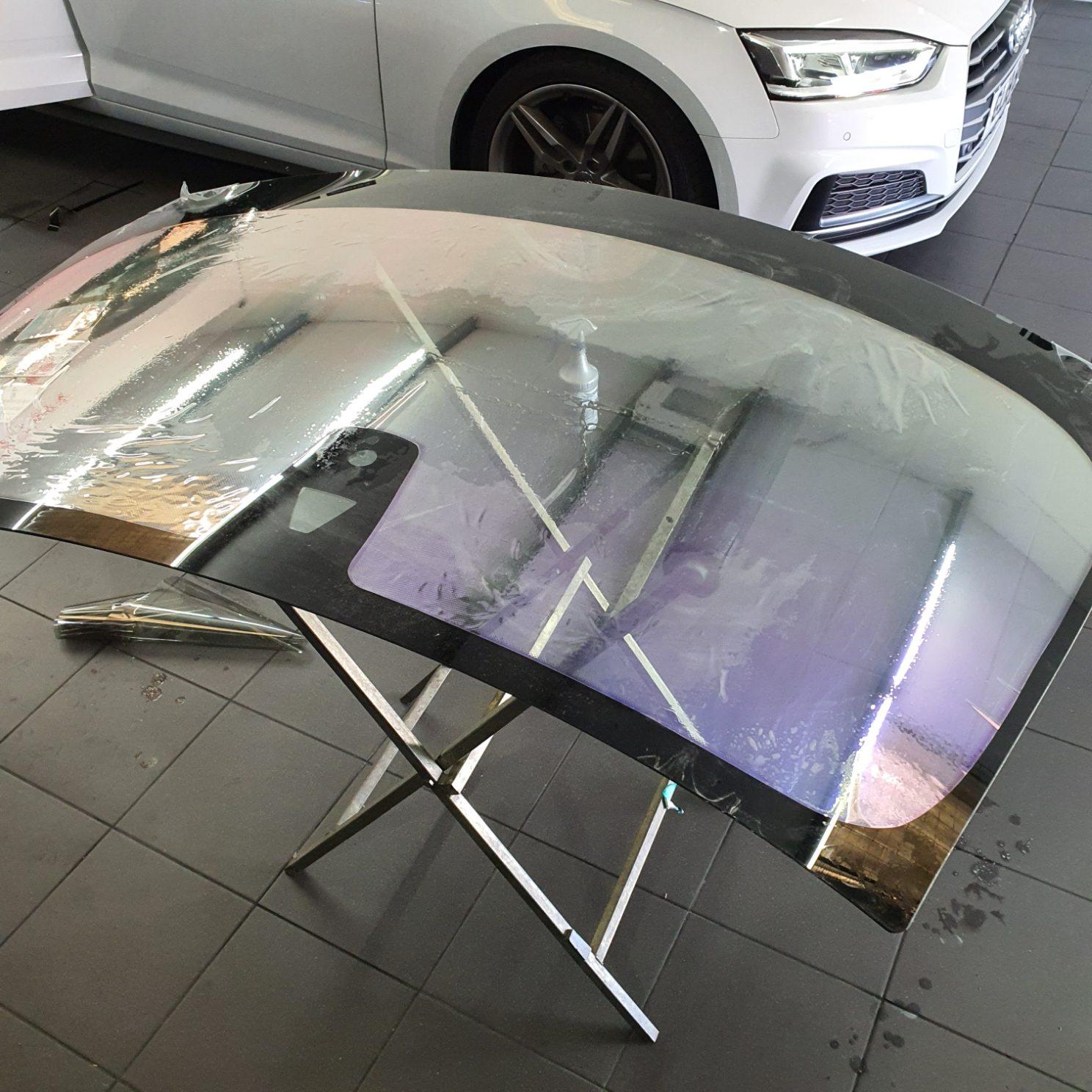 Anti Glare Windscreen - before