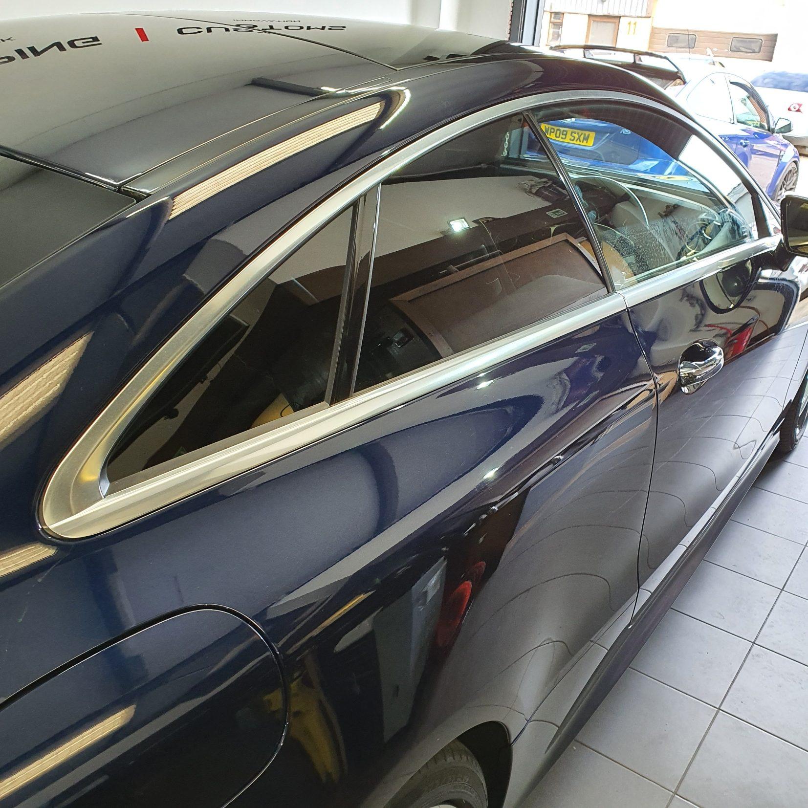 Mercedes Trim Dechrome - before